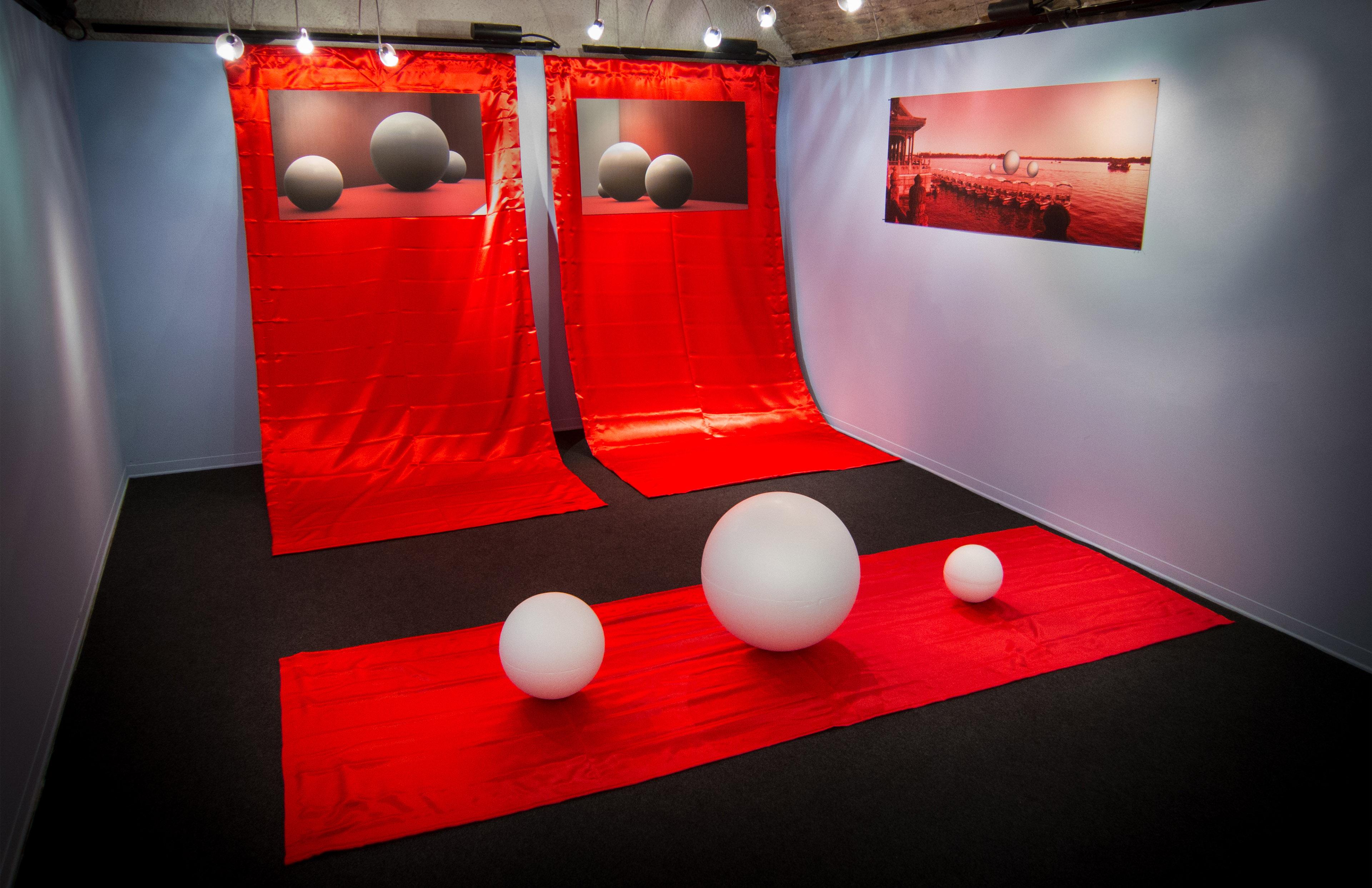 Totale installazione Mille Fotografie di Pechino by DiMMD